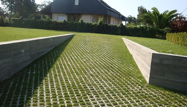 Loseta intergramada para jardin quilocons srl for Colocar adoquines en jardin